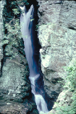"The ""Crack in the Rock"" Falls in the Cliffs"